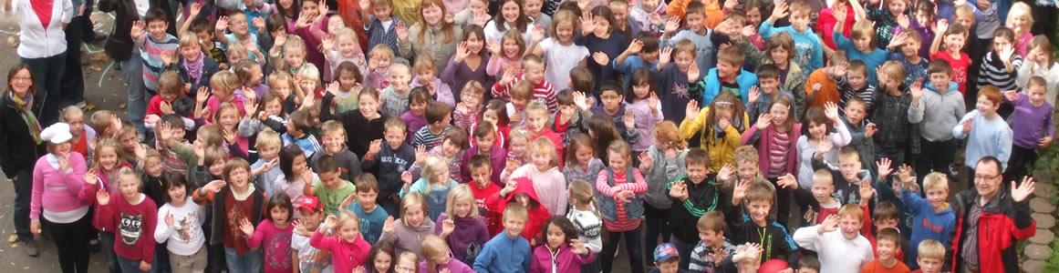 Kinder Schulhof